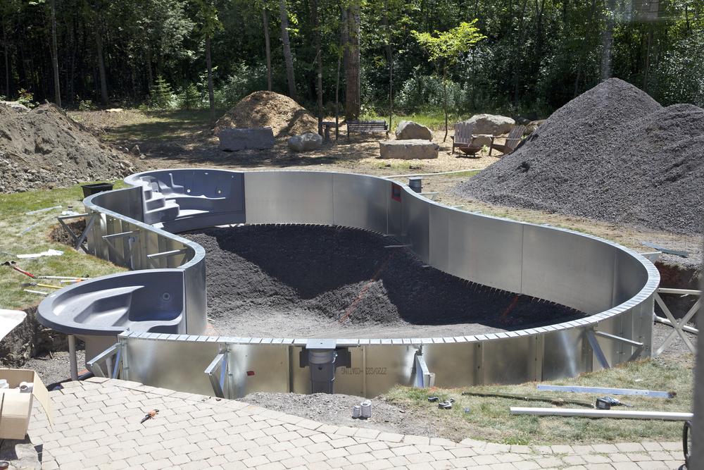 piscine en pente